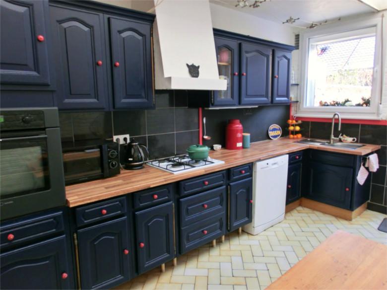 refaire sa cuisine sans trop d penser avec de bonnes id es d coration. Black Bedroom Furniture Sets. Home Design Ideas