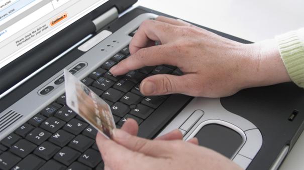 Acheter ses meubles sur Internet, une bonne idée ?