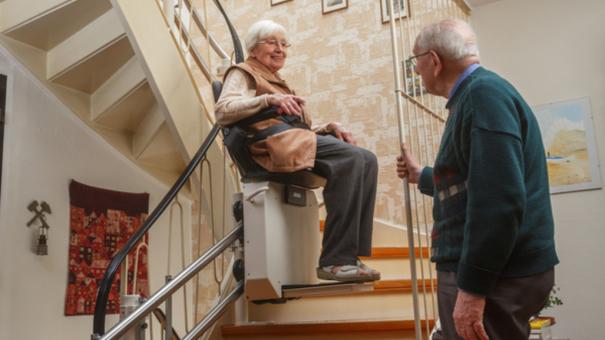 Seniors : comment adapter sa maison pour vieillir à domicile ?