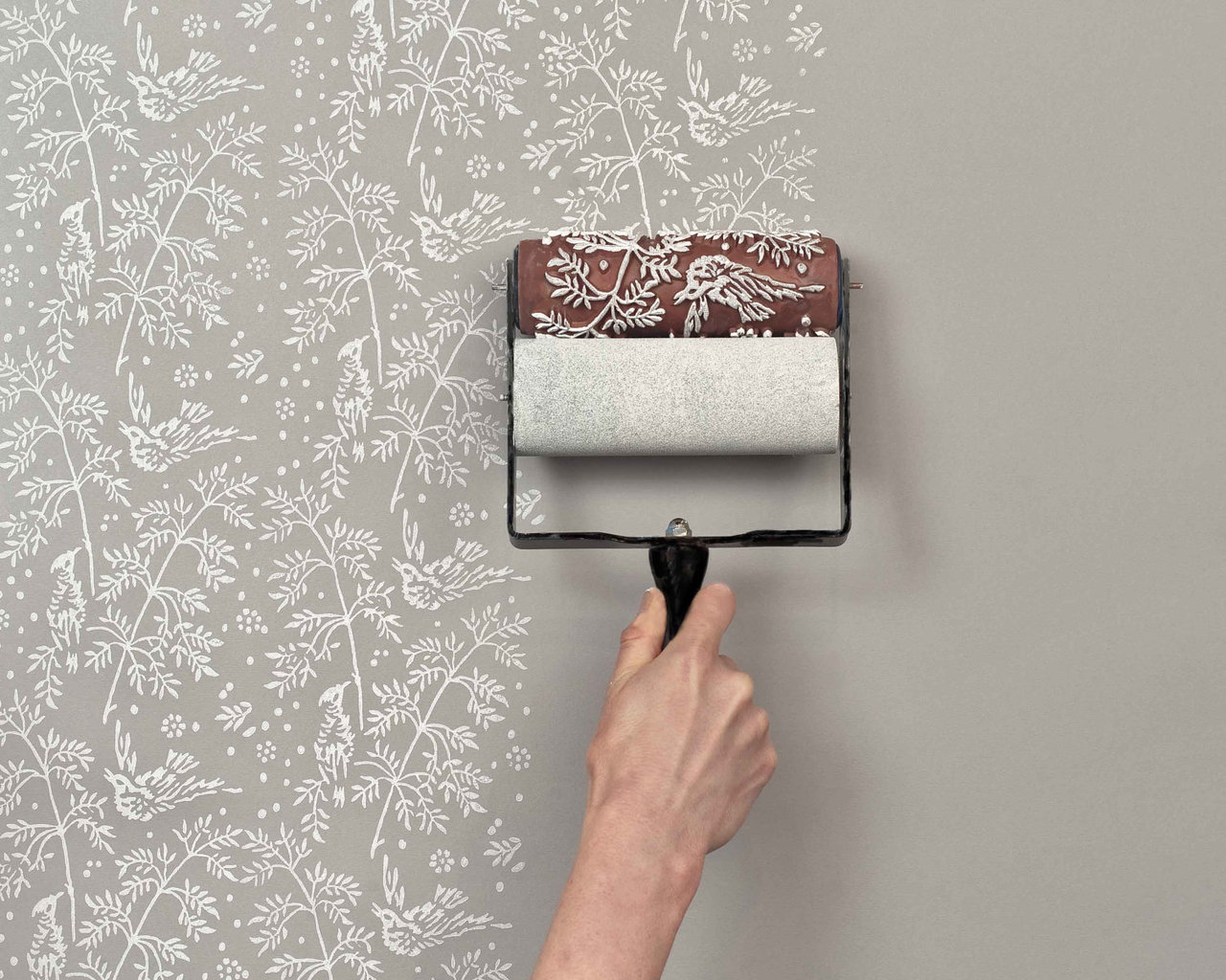Comment poser du papier peint à peindre : nos conseils - Poser De La Tapisserie