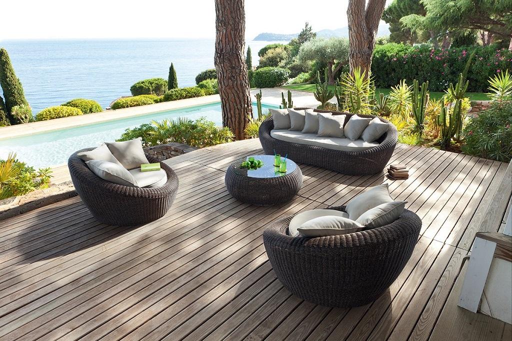le salon de jardin pour transformer son ext rieur en lieu de vie. Black Bedroom Furniture Sets. Home Design Ideas