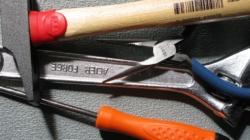 10 outils indispensables au bricolage