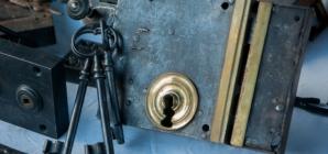 Comment résoudre les problèmes habituels d'une porte coincée
