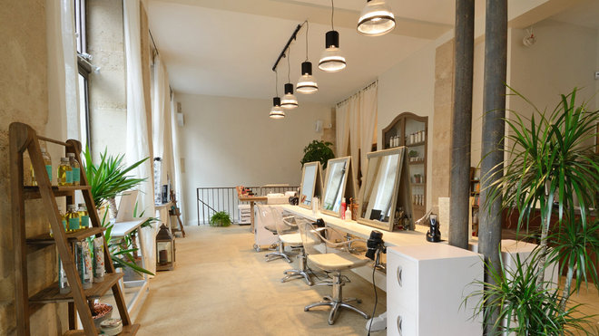 Salon de coiffure : nos astuces pour un Mobilier coiffure réussi
