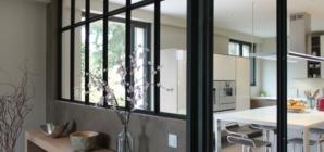 Les verrières d'intérieur : une idée design pour illuminer votre foyer !