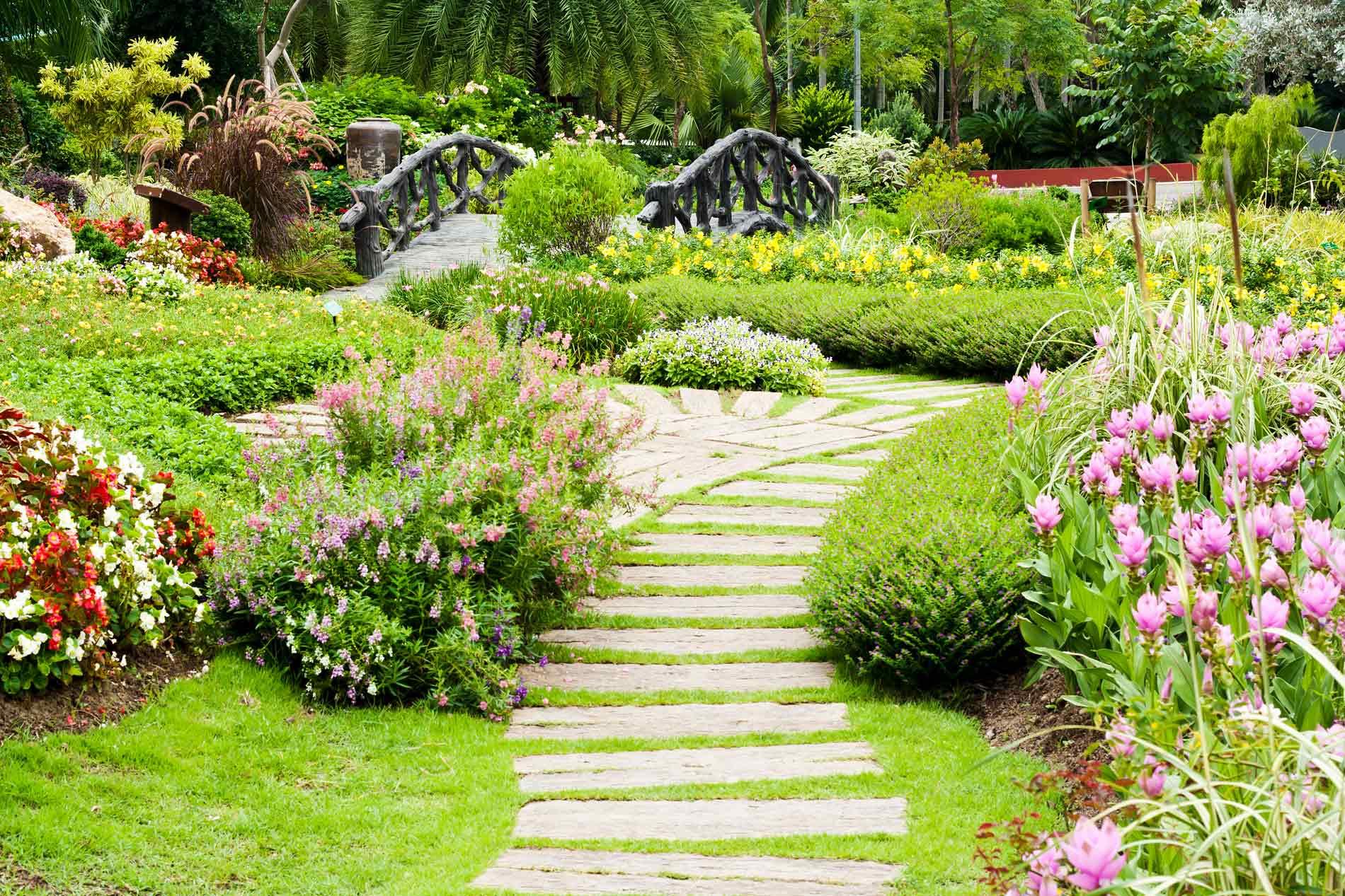 Paysagiste la solution pour un jardin agr able et optimis for Jardin de paysagiste