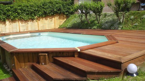 Comment construction sa piscine en bois?