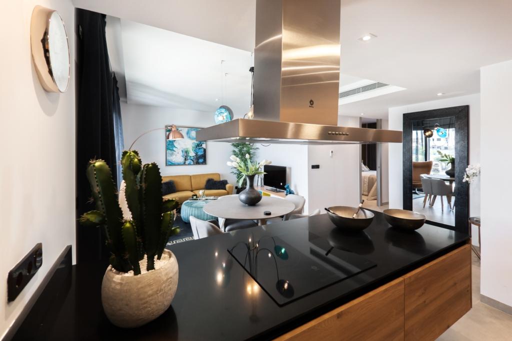 Autocuiseur lectrique quels sont les avantages en cuisine - Goulotte electrique pour exterieur ...