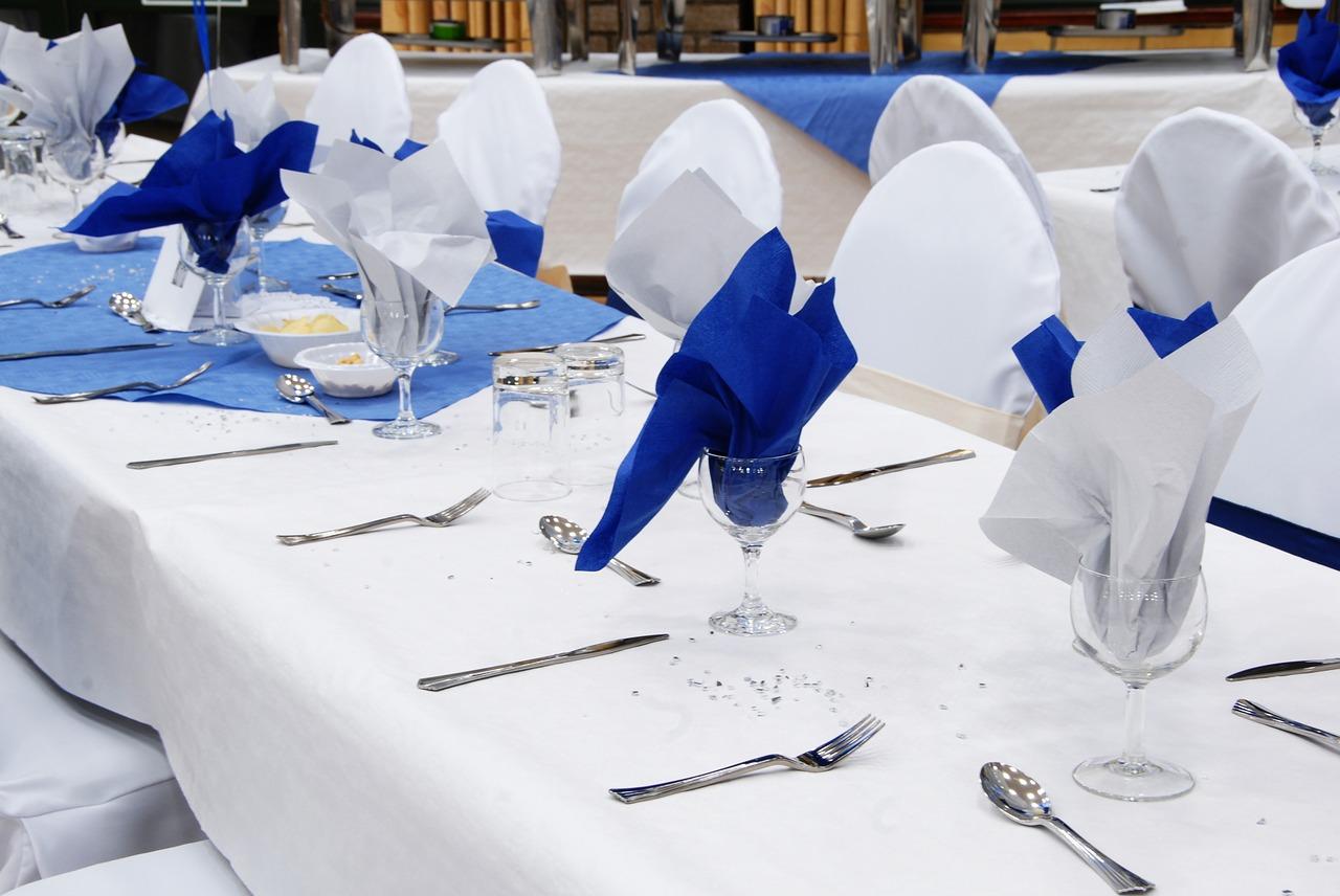 Pliage Serviette Facile Range Couverts serviette en papier, astuces pour la mettre en valeur à table