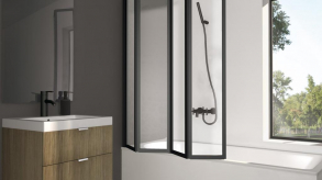Cabine de douche ou pare-baignoire, lequel choisir pour sa salle de bain ?
