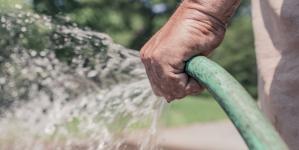 Quels sont les avantages d'un auto entrepreneur jardinier ?