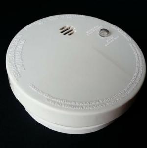 Les détecteurs de fumée connectés : quel intérêt et comment bien s'en servir?